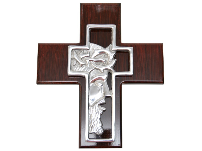 medium nazarene cross