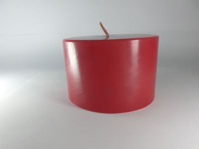 scented round red candle