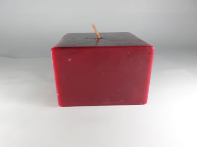 scented square red wine candle